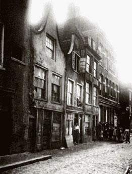 Leeuwenlaan 1910